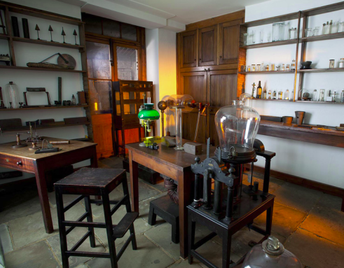 Un laboratorio de Faraday. Foto: Thinglink.com