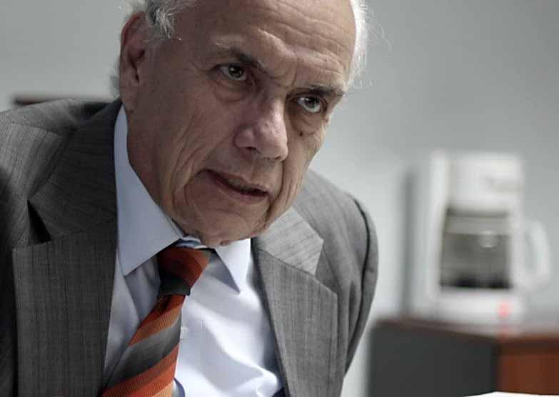 Mario Antonio Sandoval, vicepresidente de Prensa Libre, en su oficina en agosto de 2014.