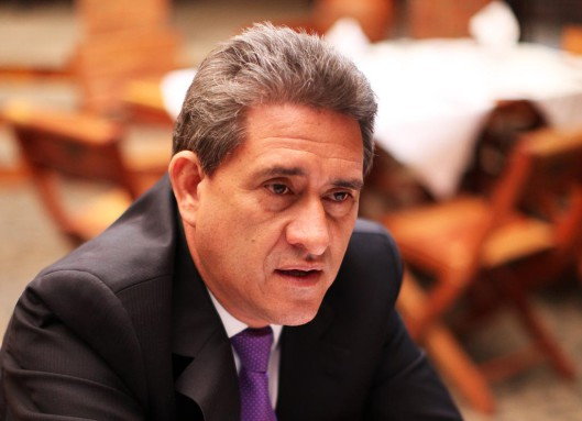 Roberto Alejos.