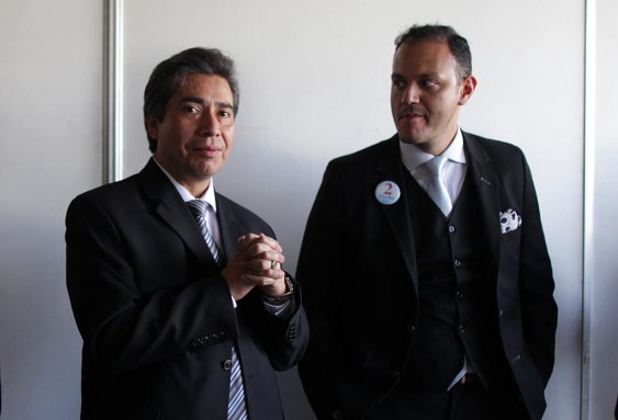 Freddy Cabrera, a la izquierda.