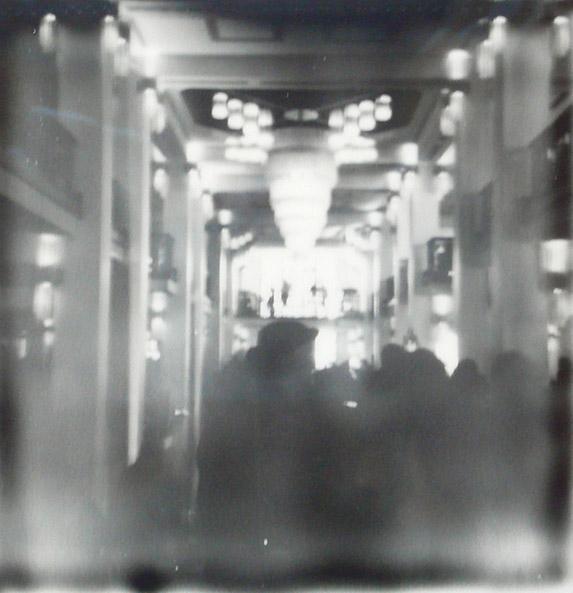 Interior del Friedrichstadt-Palast, después de la 2a. proyección de Ixcanul