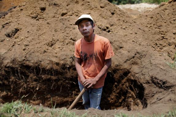 Domingo Perez agricultor de 30 anos de San Juan Cotzal Quiche-2