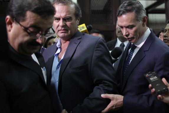 El presidente del Banguat, el representante del Cacif y el presidente del IGSS fueron enviados anoche a la cárcel.