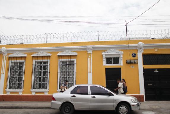 Fachada de la oficina de Edgar Jose Elias Corominal-4