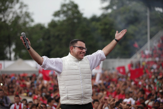 Manuel Baldizón, en un mitin.