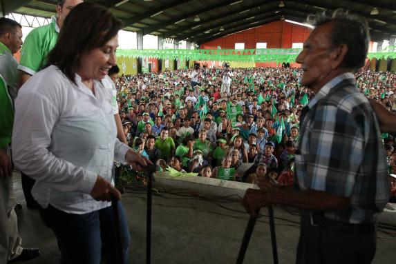 Sandra Torres candidata presidencial de la UNE en Coatepeque-28