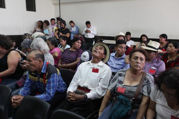 Familiares de las víctimas, durante la última audiencia.