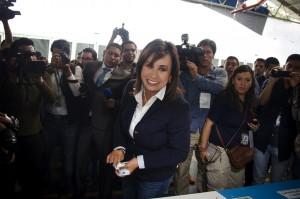 Sandra, cuando fue a votar. Foto: Rocío Conde