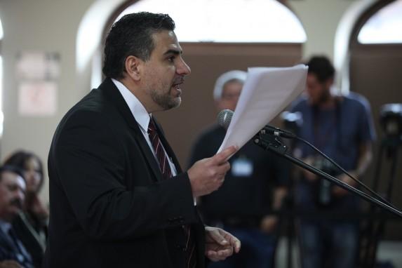 Ulate, durante una audiencia en la Corte de Constitucionalidad.