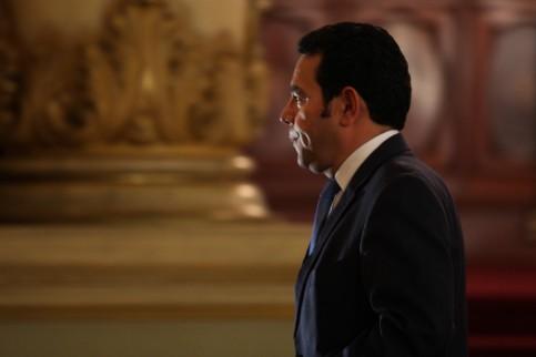 El presidente Morales, al salir de una conferencia.
