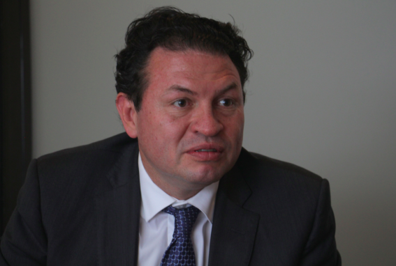 López Villatoro, en la entrevista. Foto: Gabriela Ríos.
