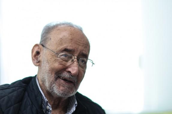 Edelberto Torres Rivas salió al exilio cuando estaba en sus treintas. Regresó a sus sesentas. Hoy tiene 80 años.