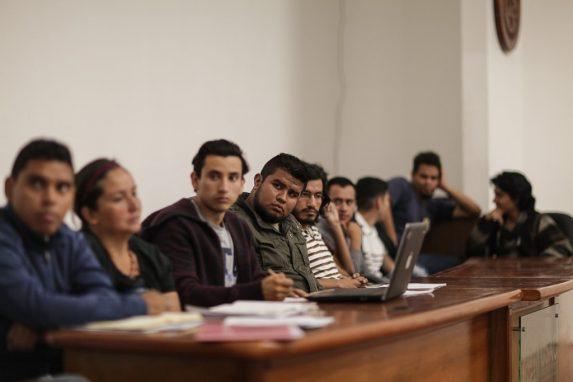 sesion-del-consejo-consultivo-estudiantil-universitario-usac-4-min