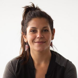 Pia Flores