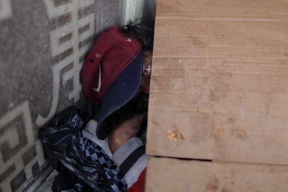 personas-sin-hogar-que-duermen-en-las-calles-de-la-ciudad-de-guatemala-20-min
