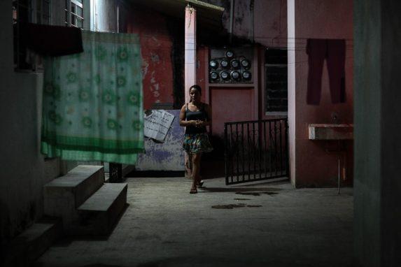 migrante-de-hondras-de-paso-por-la-localidad-de-frontera-comalapa-chiapas-mexico-13-min