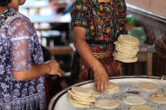Una tortillería en la zona 10 de la Ciudad de Guatemala.