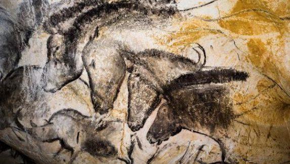 Arte rupestre de las cuevas de Pont D'Arc. Francia. Circa 17,000 a.C.
