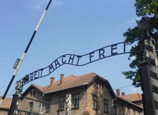En 1979 el campo de concentración de Auschwitz fue declarado Patrimonio de la Humanidad por UNESCO como un esfuerzo por preservar su historia, el momento histórico que representa, la memoria de las víctimas y como testimonio de que la historia no se debe repetir.