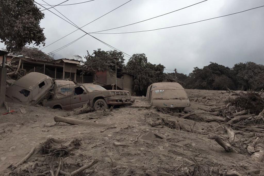 Galer 237 A Trabajo En Equipo Despu 233 S Del Desastre N 243 Mada Guatemala