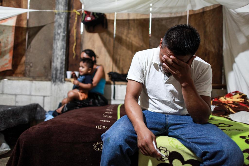 4f53492622f1 David Xol llora al escuchar que su hijo no quiere hablarle desde Texas.