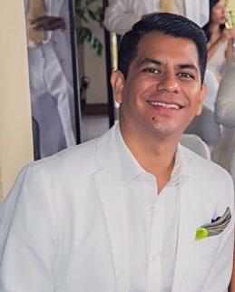 César De La Cruz