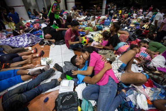 Los hondureños intentan mantenerse unidos, saben que esta es su mejor carta para soportar lo que se venga a partir de ahora. El cariño y la fuerza de voluntad son sus mejores armas.