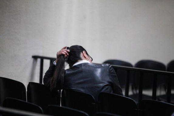 Retirados el tribunal, los fiscales, abogados, acusados, Baldetti evitaba el contacto con los periodistas y dar declaraciones sobre la condena.