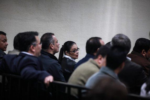Roxana Baldetti y algunos de los acusados en el caso Agua Mágica.
