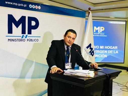 Yoni Morales, fiscal de Delitos Administrativos del MP explica el caso de la muerte de la adolescente en el Hogar Seguro.