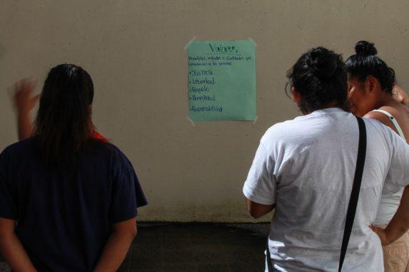 Algunos de los principios que rigen en las casas hogar y los que intentan que las niñas sigan para la convivencia pacífica.