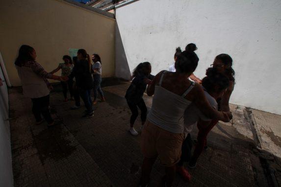 Las menores se encontraban en una residencia en San Bartolomé Milpas Altas, pero la comunidad, el alcalde y un diputado las expulsaron.