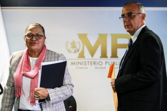 Conferencia de prensa de CICIG y el MP sobre el caso de financiamiento electoral ilícito contra Jimmy Morales y Nineth Montenegro. Foto: Carlos Sebastián