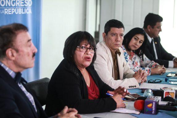 Juan Ramón Lau integró la comisión creada por Felipe Alejos para investigar la compra del edificio del MP en la zona 5. Foto: Carlos Sebastián