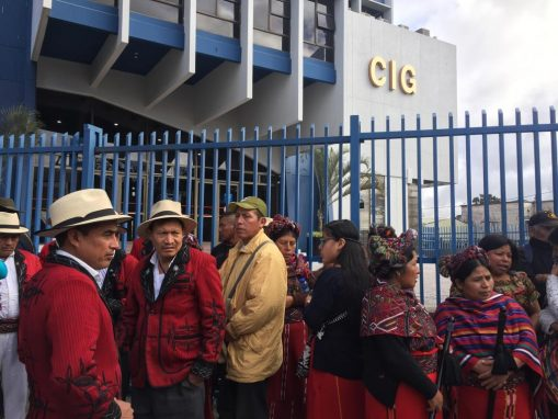 Dirigentes del CUC participan en la marcha de este lunes. Foto: Sandra Sebastián