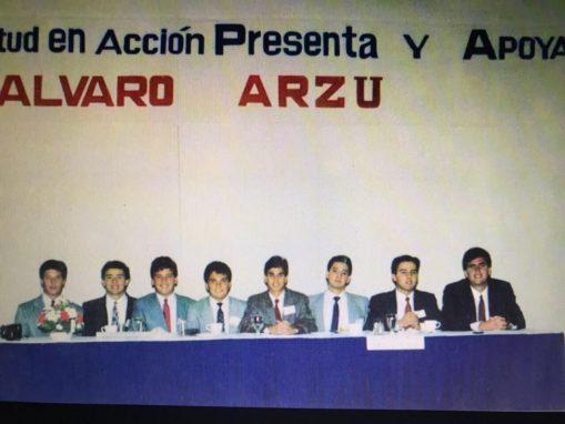 Foto sin fecha de Roberto Arzú, a la derecha, en un evento de las juventudes del PAN. Foto: Facebook Roberto Arzú