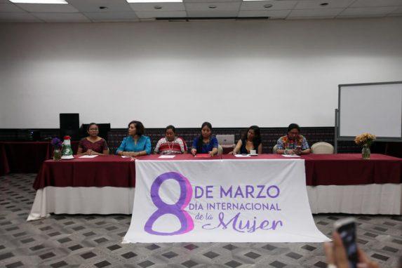 Parte de las actividades fue un foro donde se discutió sobre los derechos y la situación de las mujeres en el municipio.