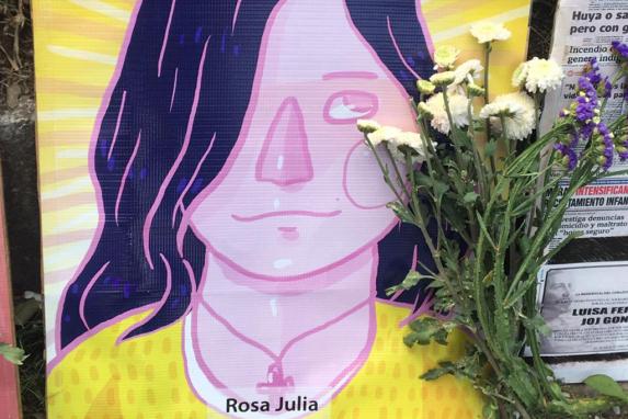Rosa Julia.