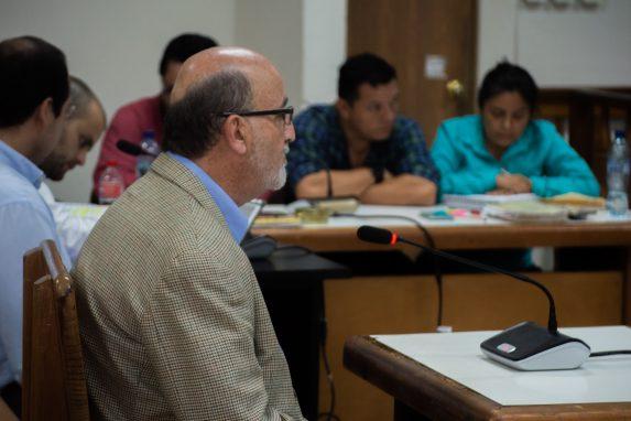 Roberto Moreno Godoy es rector de la Universidad del Valle desde hace 17 años. Su declaración giró en torno a las acciones de institución antes, durante y después de la tragedia.. Foto: David Toro/Prensa Comunitaria