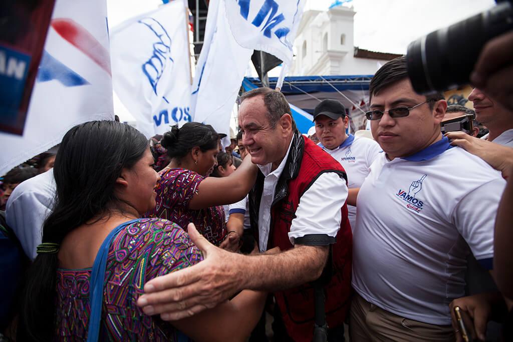 El candidato logró subir al segundo lugar cuando la Corte de Constitucionalidad dejó fuera de la contienda a las candidatas Zury Ríos y Thelma Aldana.
