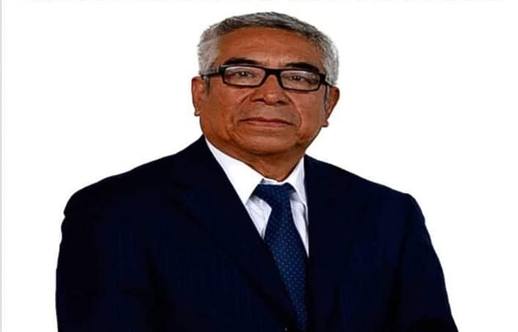 Byron Alfredo González.
