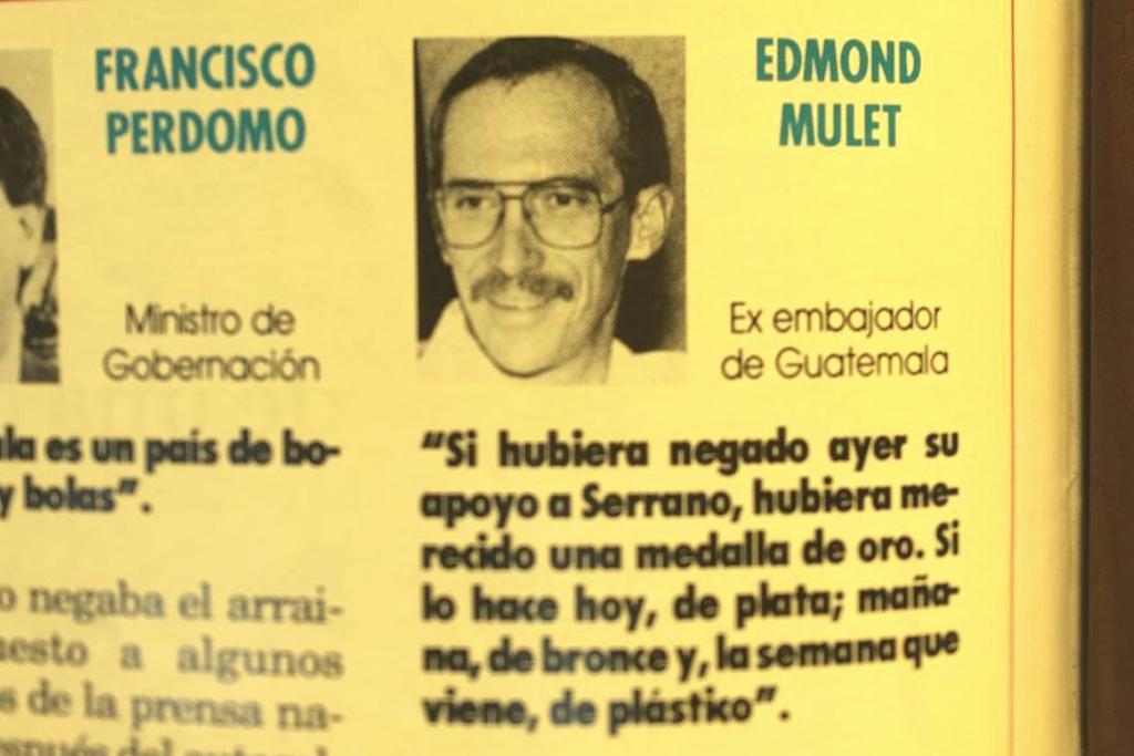 Publicación de la revista Crónica.