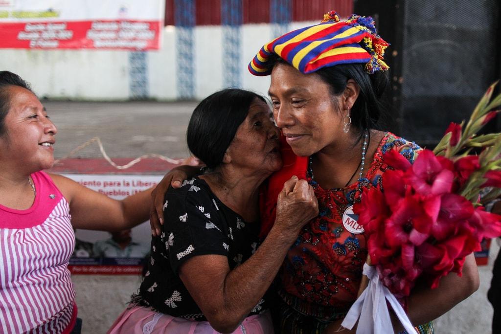 Thelma Cabrera es apoyada por los pueblos indígenas donde ha hecho sus giras políticas. Foto: Carlos Sebastián