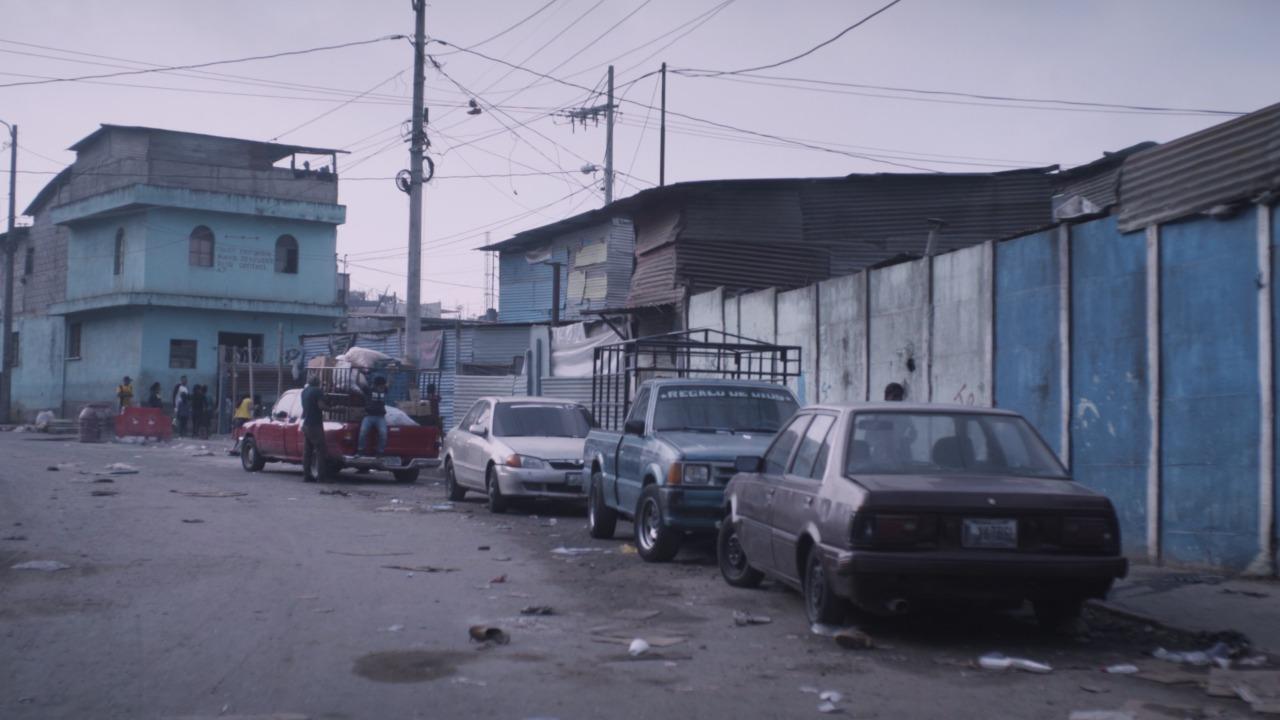 Una de las calles aledañas al relleno sanitario. Foto: Gabriela Ríos