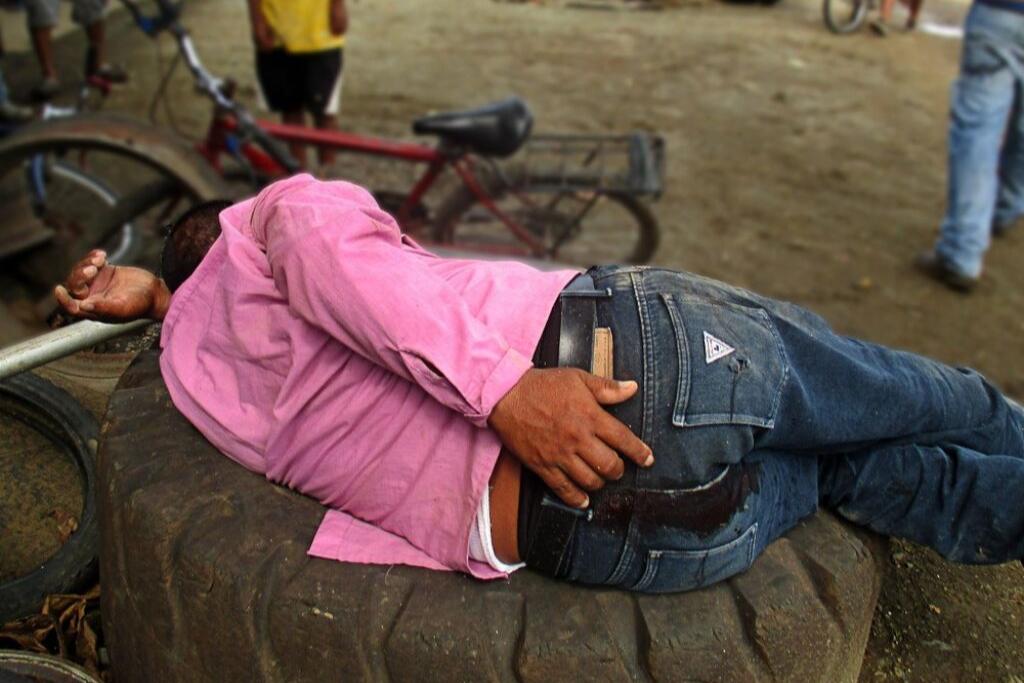 Pescador Alfredo Maquín herido de bala. Foto: Sandra Cuffe