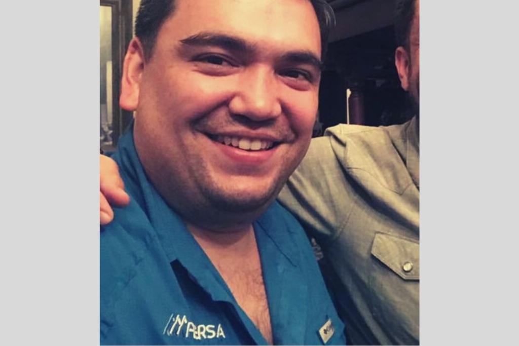 Una fotografía de 2017 de Alberto Pimentel Mata con una camisa de la empresa familiar FERSA.