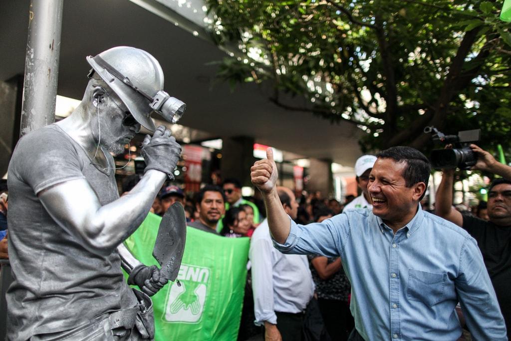 Carlos Raúl Morales ha sido el encargado de ponerle rostro a la UNE en el área metropolitana.