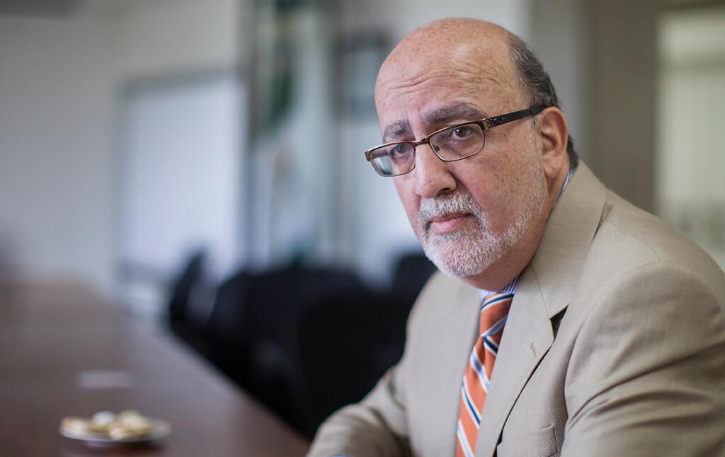 Roberto Moreno, rector de la UVG. Foto: Carlos Sebastián