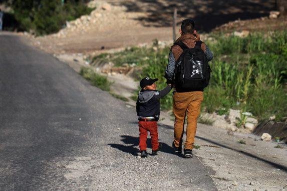 Migrantes en Estados Unidos hacen propuestas para ayudar a sus familias en Guatemala.