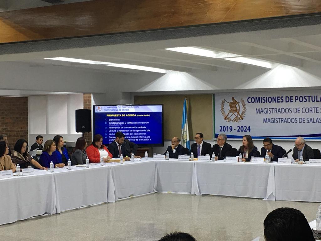 Miembros de la Comisión de Postulación. Foto: Carlos Sebastián